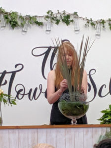 Claire demonstrating at the RHS Tatton Flower School.
