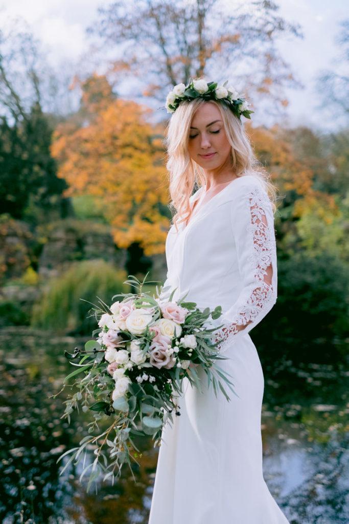 Lakeside Wedding in Buckinghamshire.
